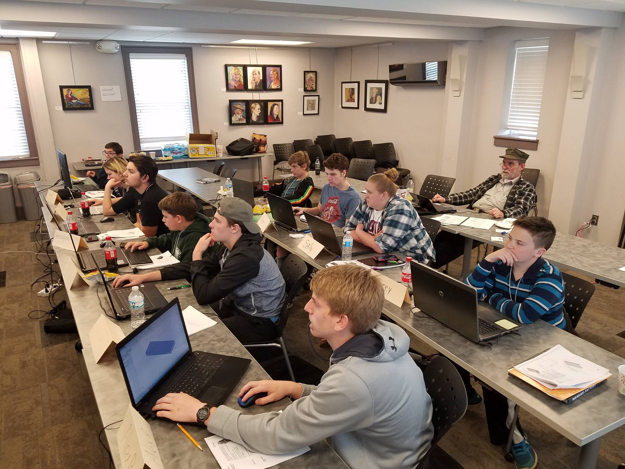 Youth learning SOLIDWORKS through the Warbirds of Glory Museum